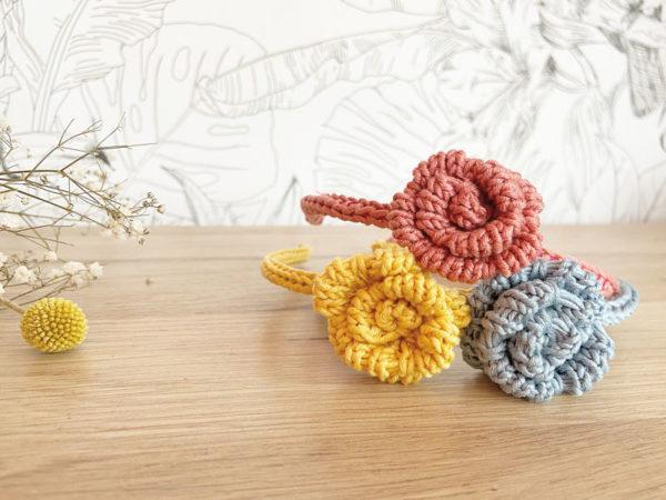 Serre-tête une rose tricoté en coton trio -Mignonnery