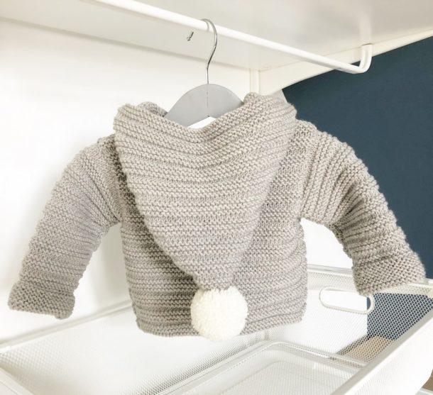 Mignonnery, Manteau layette Benoit laine merinos taupe tricote main