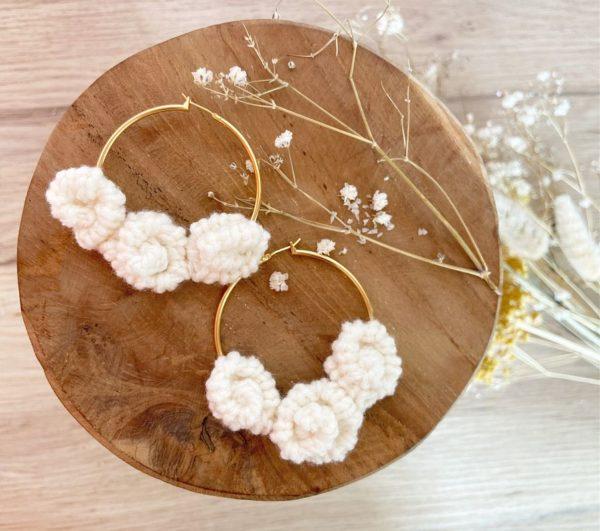 Boucles d'oreilles Trois Roses-Créoles 50 mm Naturel-Crème-Mignonnery