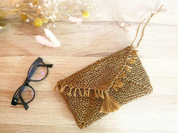 Le kit à tricoter Pochette raphia Ariette-Mignonnery
